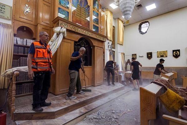 00002 パレスチナのロケット弾で損傷したシナゴーグ.jpg