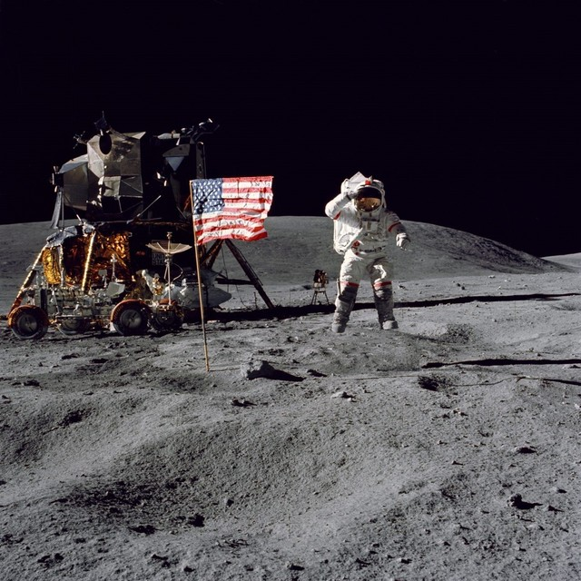 00003 apolo 月面着陸.jpg