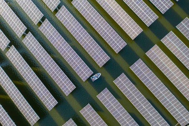 09232021B-4 ソーラーパネル.jpg